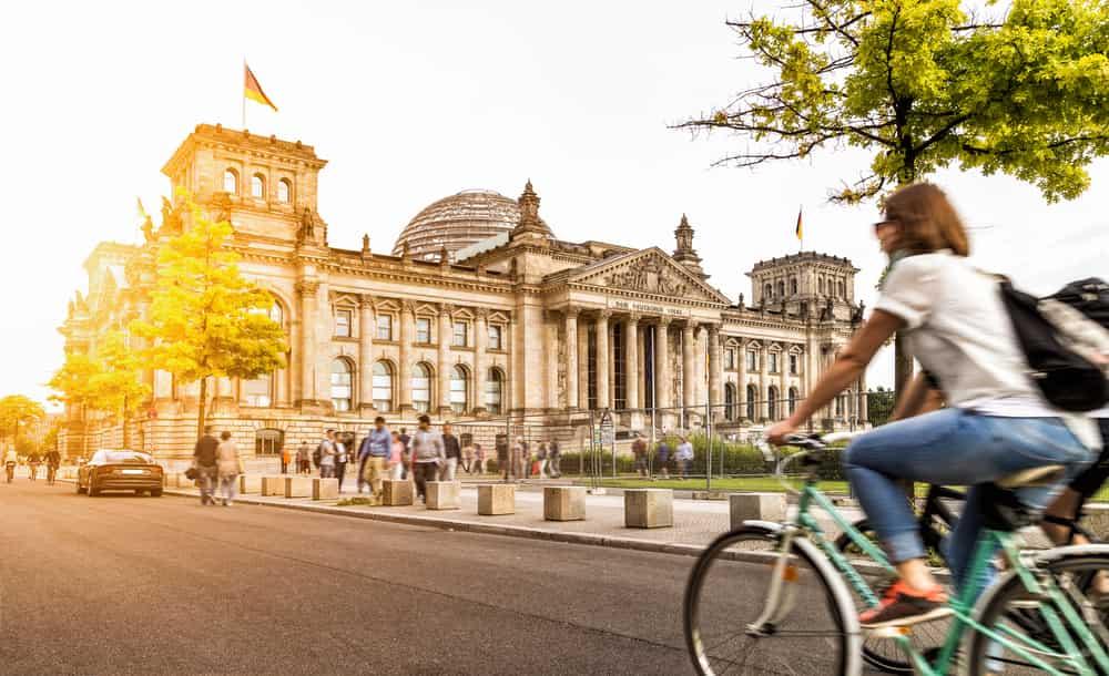 ¿Querés trabajar en Alemania sin saber el alemán?